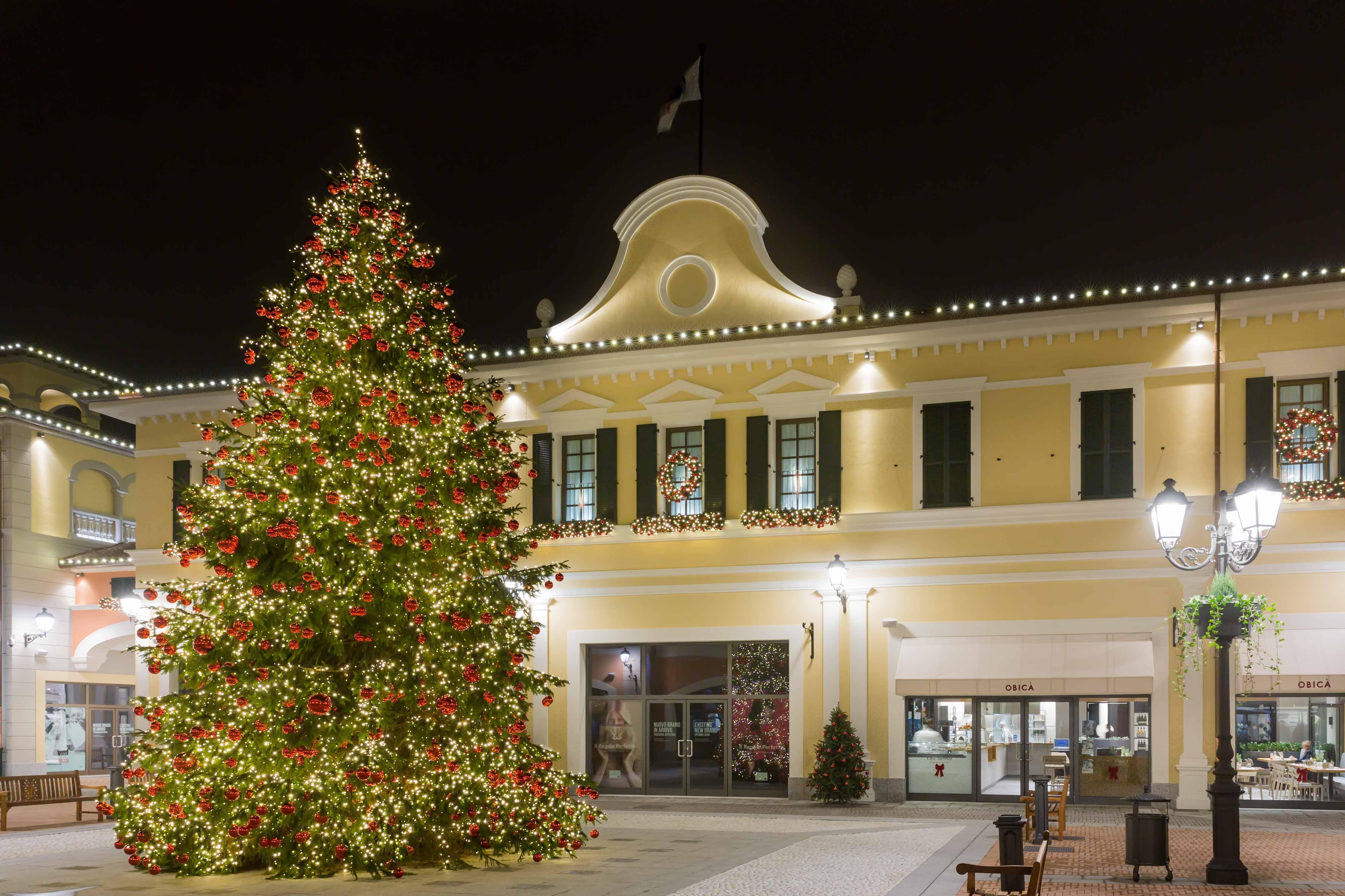 Il più grande Designer Outlet del lusso in Europa e uno dei 22 Centri  McArthurGlen 9d300b0dec5